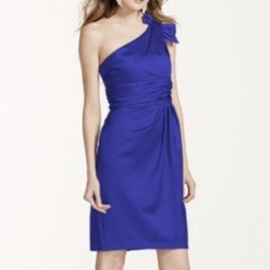 Dresses & Skirts - David's Bridal Satin purple one shoulder dress